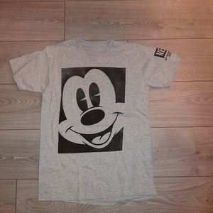 Vintage mickey mouse x Neff tshirt